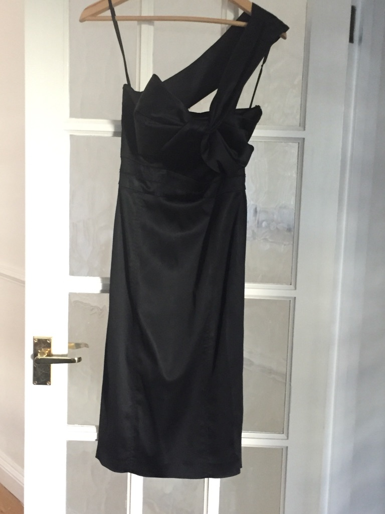 Ted Baker black dress off the shoulder size 1/size 8