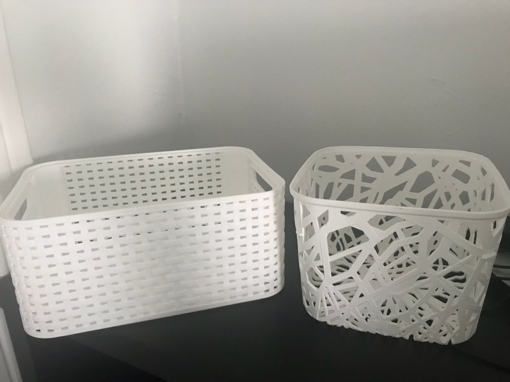 2 Storage baskets