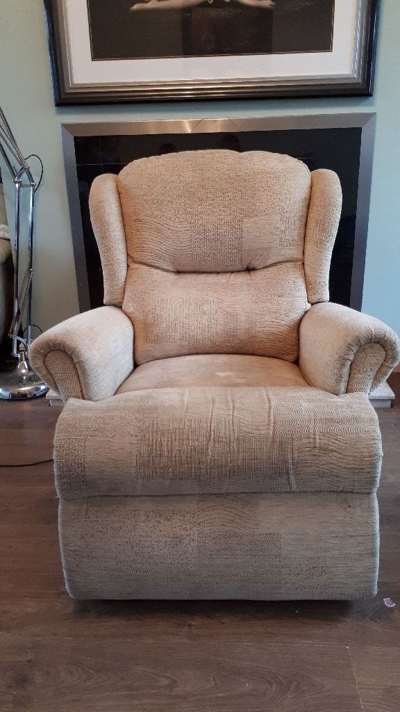 Rise and recliner chair preowned cream