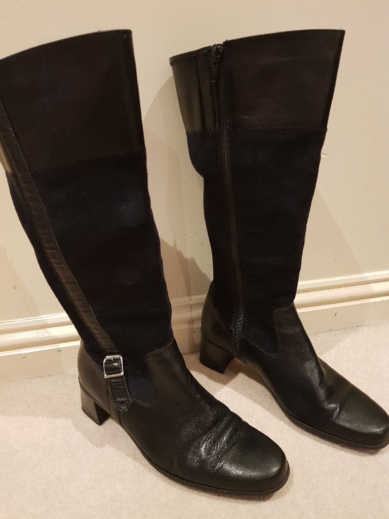 Black leather and suede boots
