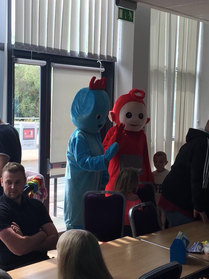 Teletubbie and iggle piggle
