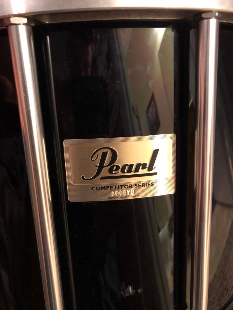 Pearl marching snare drum