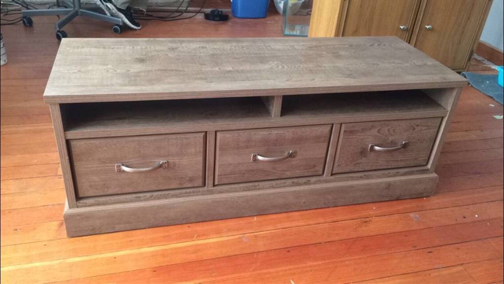 Wooden coffee table with draws