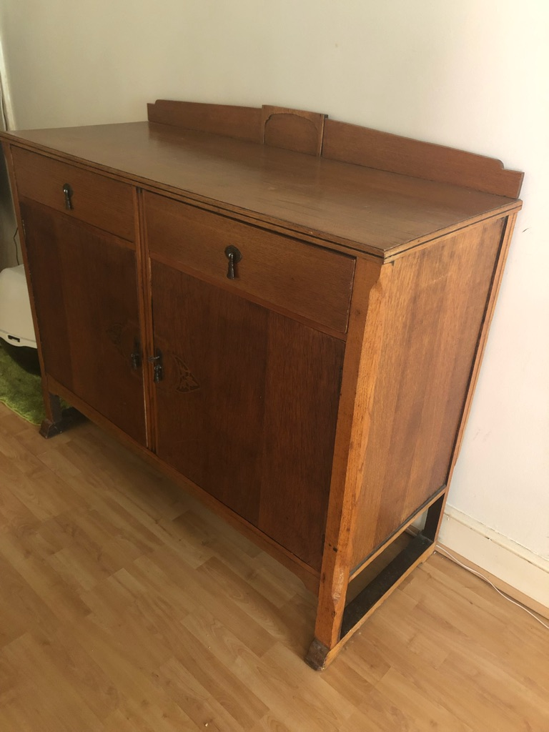 Storage chest unit with 2 drawers and 2 doors