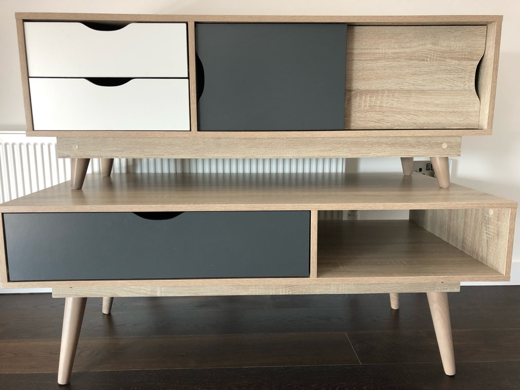 * BRAND NEW * TV unit & Coffee table