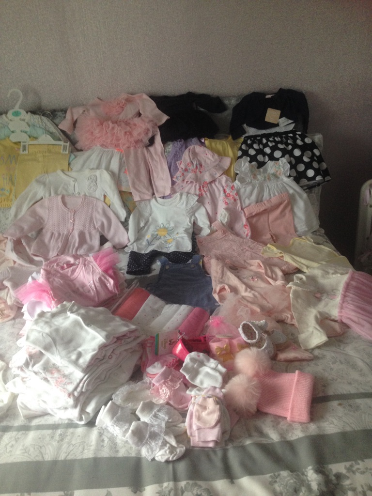 Large bundle of baby girls clothes 0-3 months