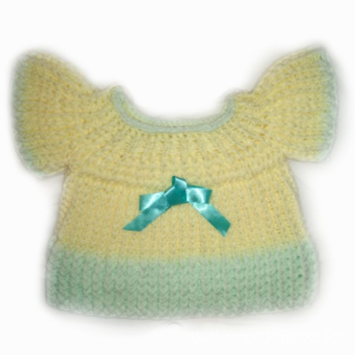 Handknitted baby girl's top