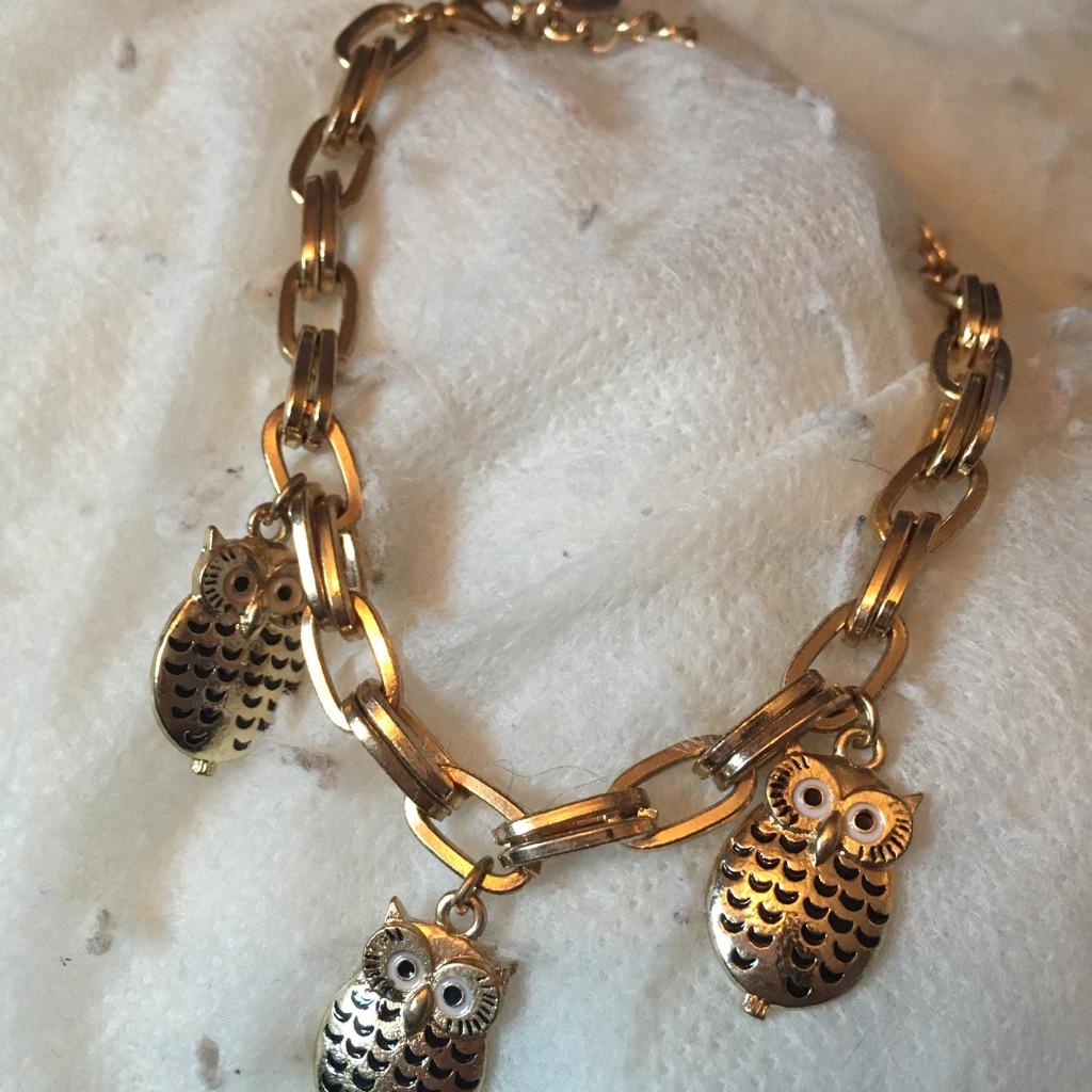 Woman's owl bracelet