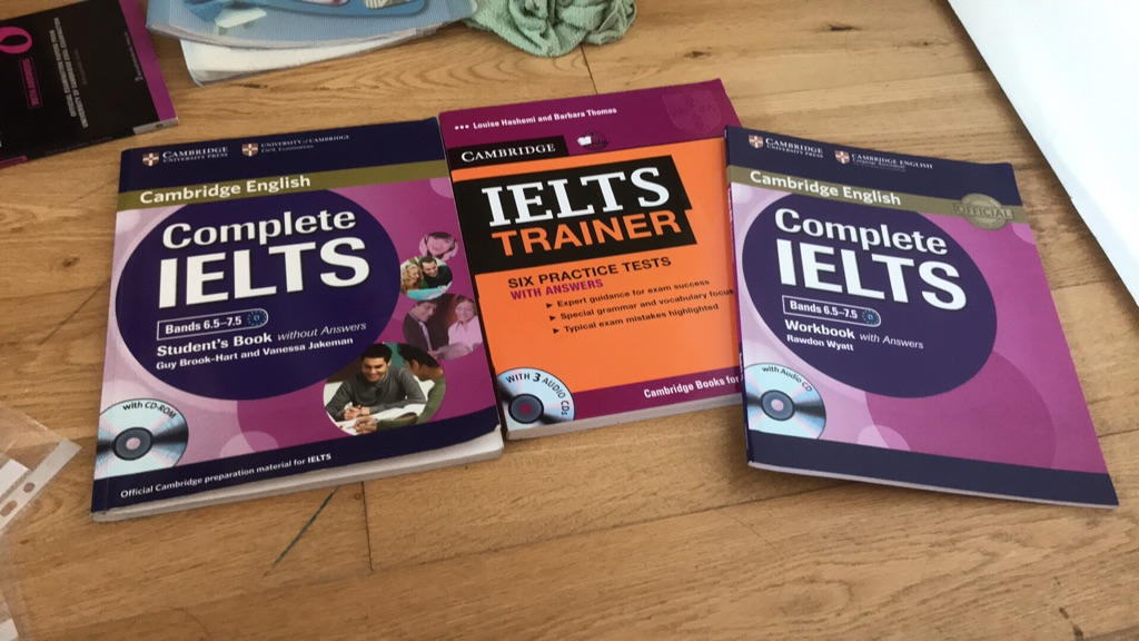 Cambridge Ielts books