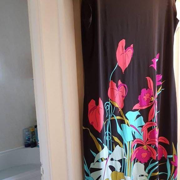 Plus size wallis dress size 18