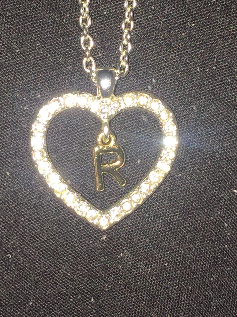R heart necklace