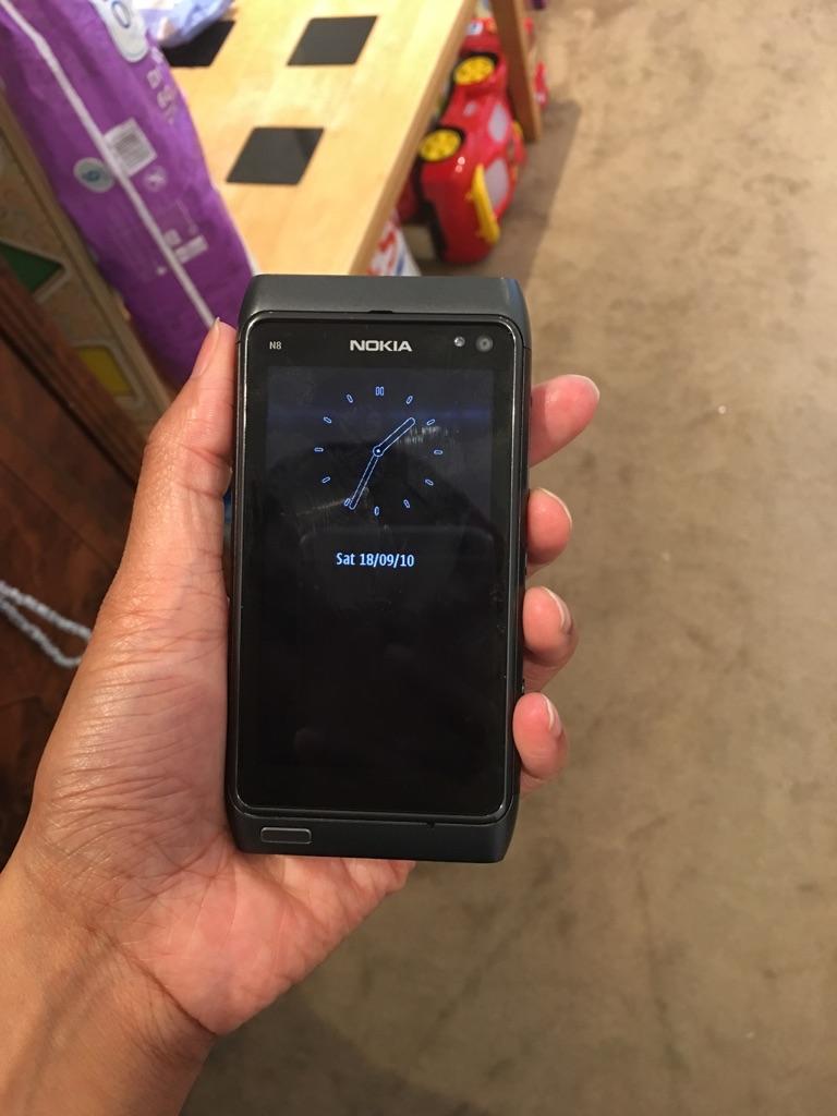 Nokia N Series N8