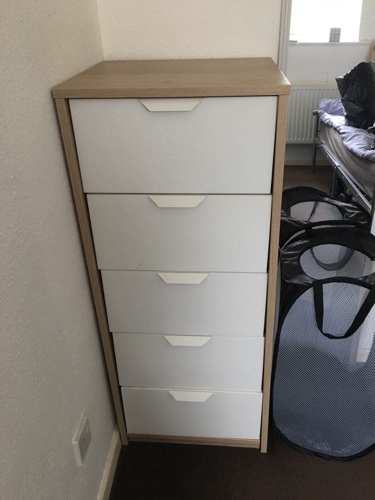 Small chest of draws - £5