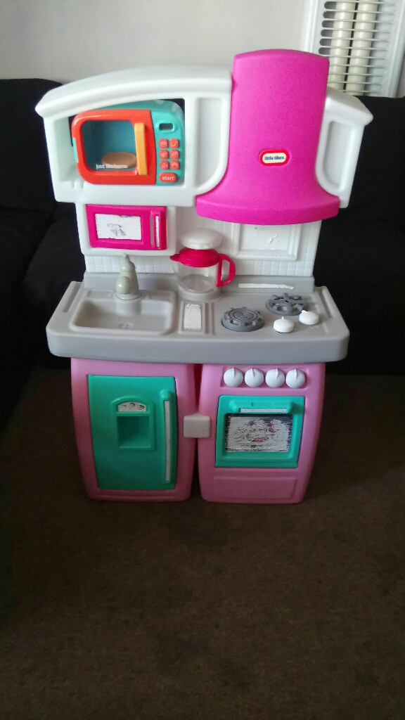 LITTLE TIKES EXPANDABLE KITCHEN