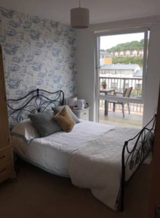 Room to rent in shared flat in Portishead from Mon-Fri's.