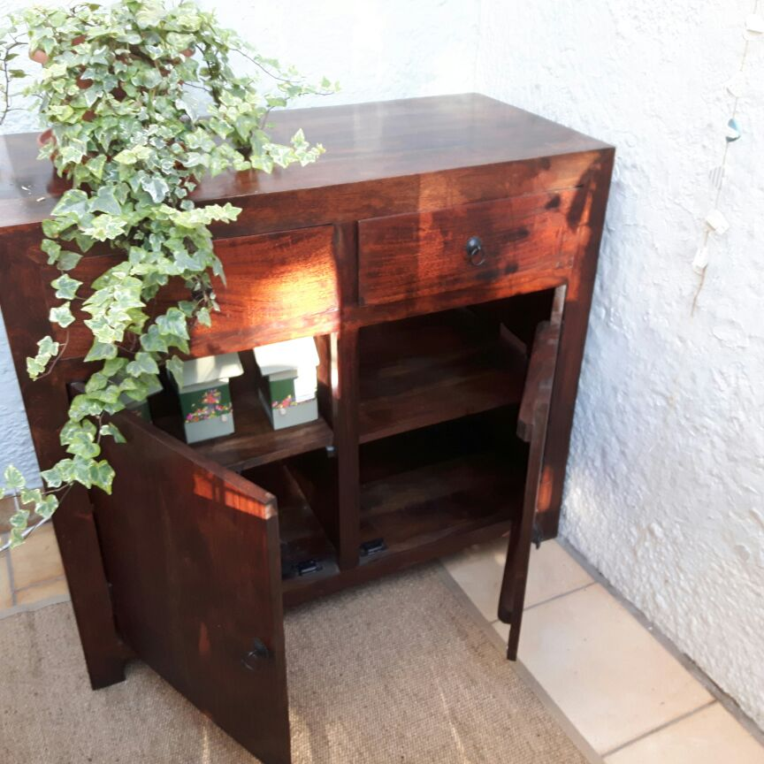 Chest/ sideboard