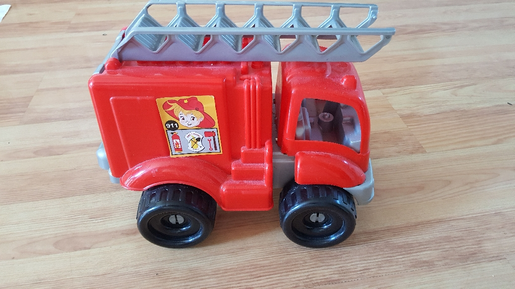 Fire engine resue 911 never been used