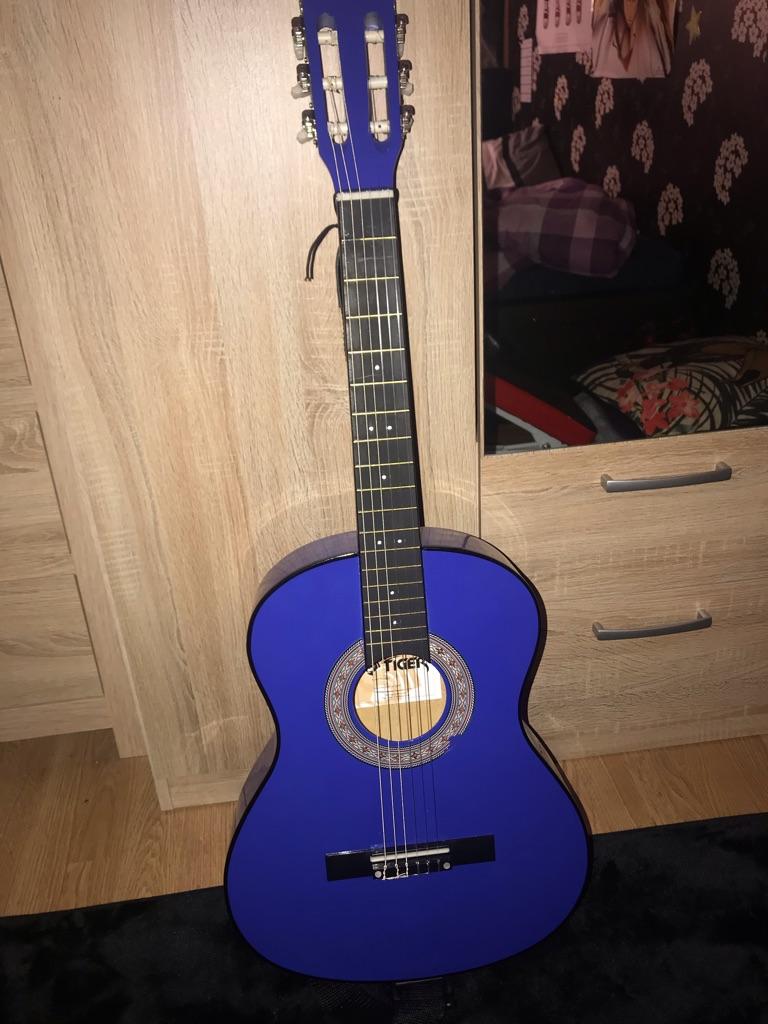 Guitar 3/4