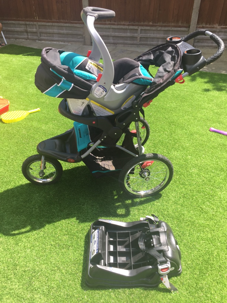 Baby Trend Expedition RG jogger with car seat