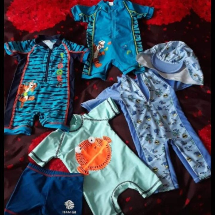 50 UV swimming suits for boy 3-9 month and 12-18 month