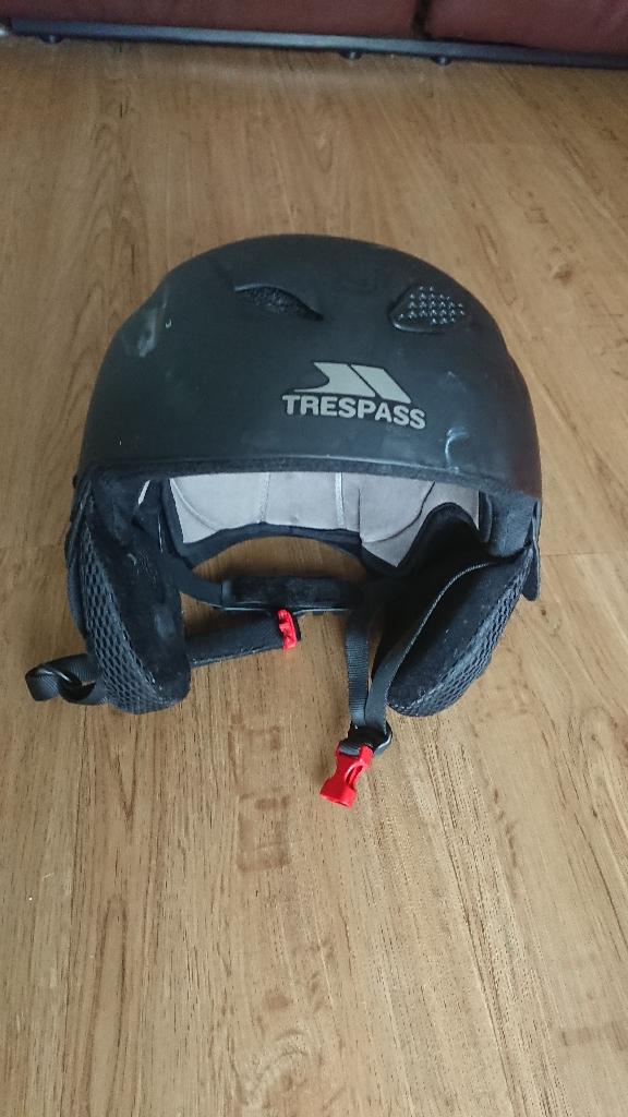 Adult Tresspass Snowsport Helmet