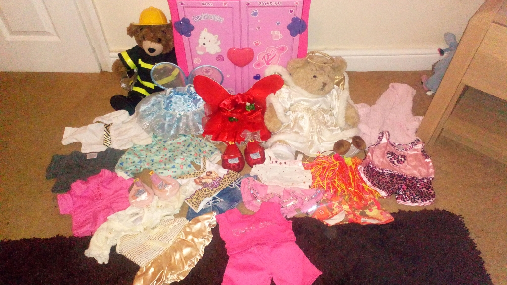 2xBuild A Bears with a Build a Bear Wardrobe and Lots of Accessories