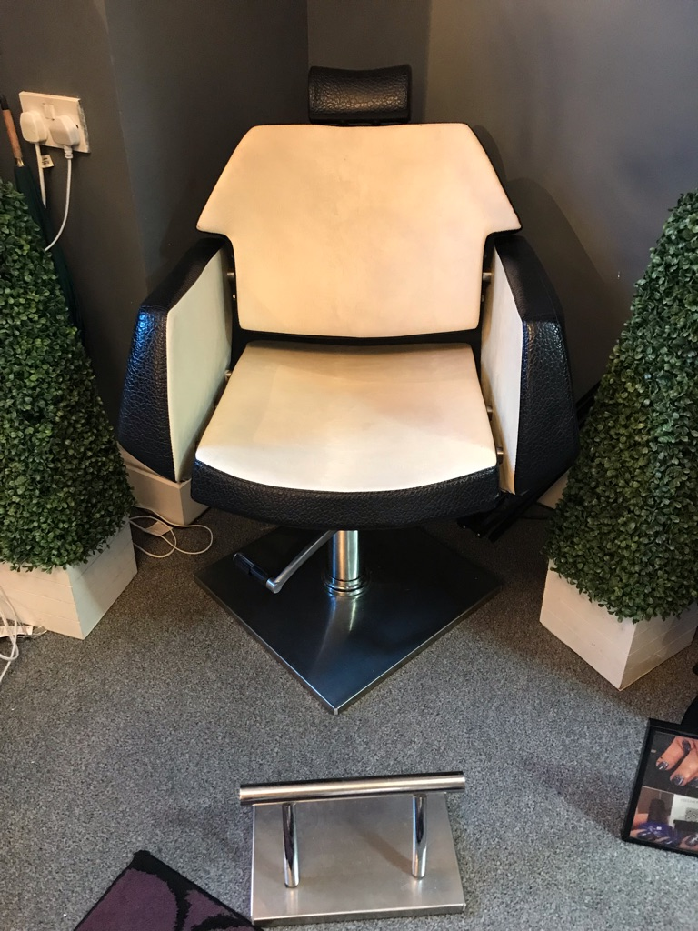 HD Brow Treatment Chair