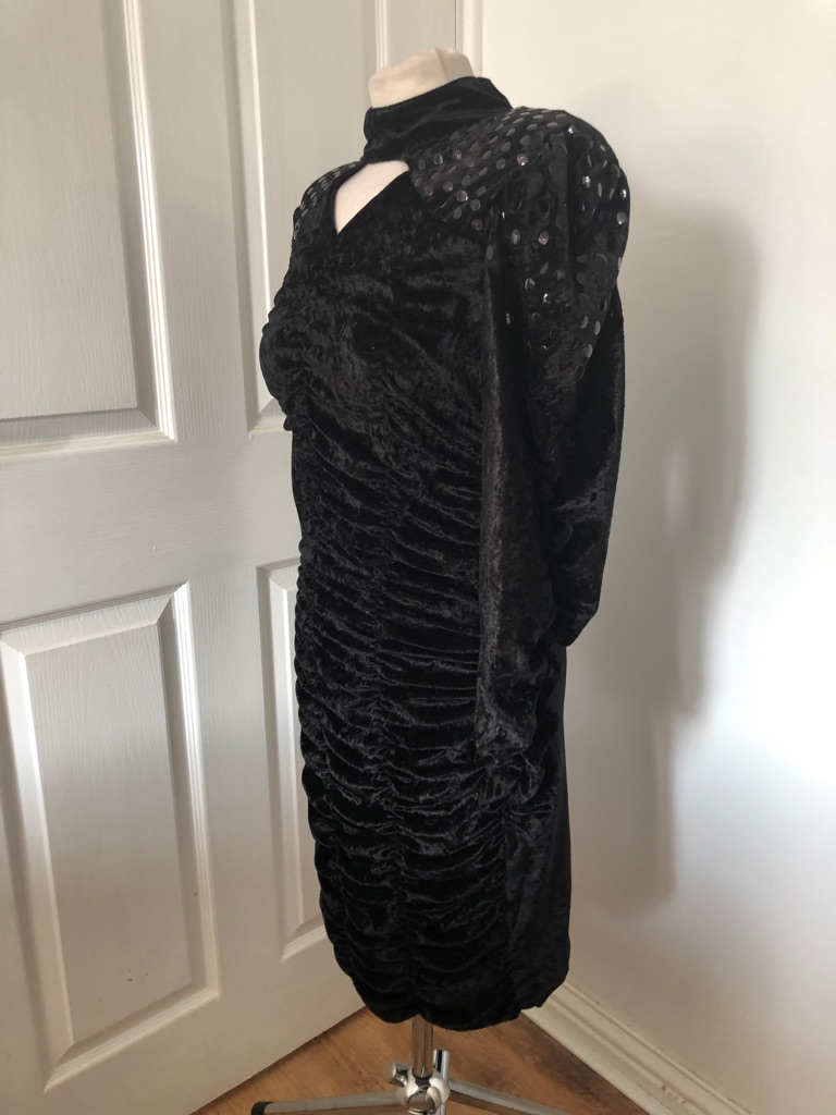 Women's Black vintage dress By entiee one size