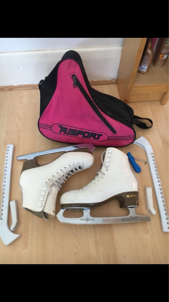 Risport ice skates size 5.5