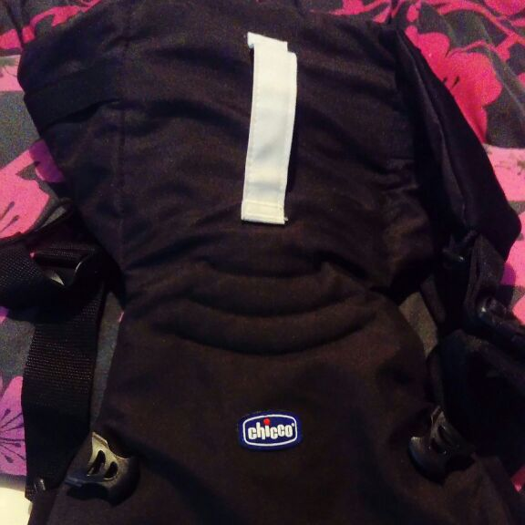 Black chicco baby carrier