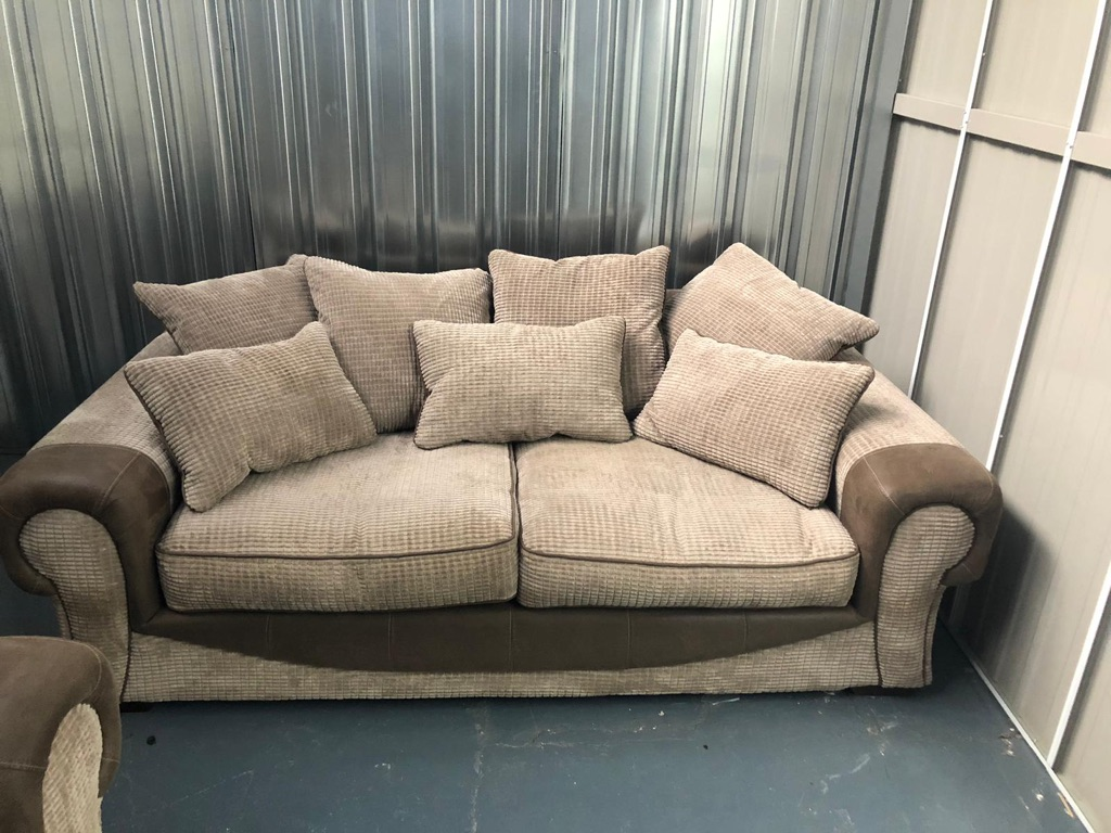 4 Seater 3 And Snuggle Sofa For