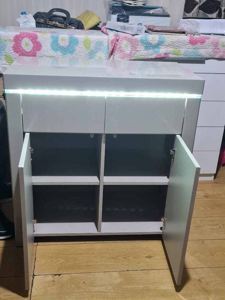 New gray unit £165
