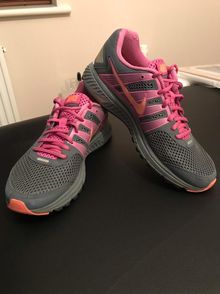 Nike Fitsole2 trainers UK SIZE 7