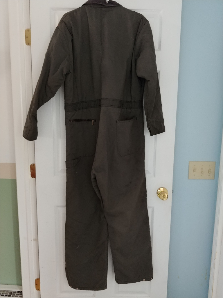 Mens coveralls med. Nothing wrong with them great shape.