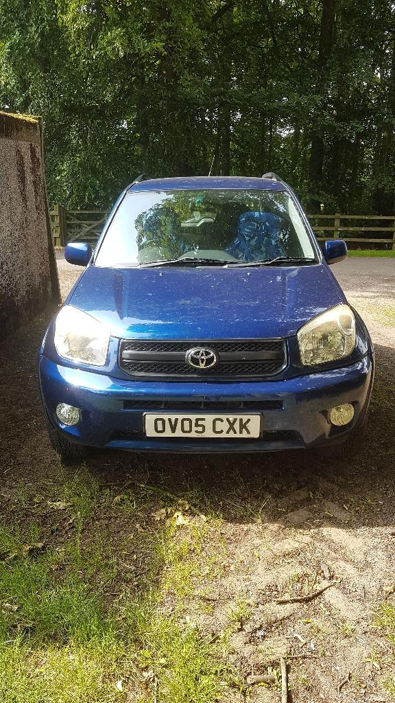 Toyota RAV4 3dr petrol in blue