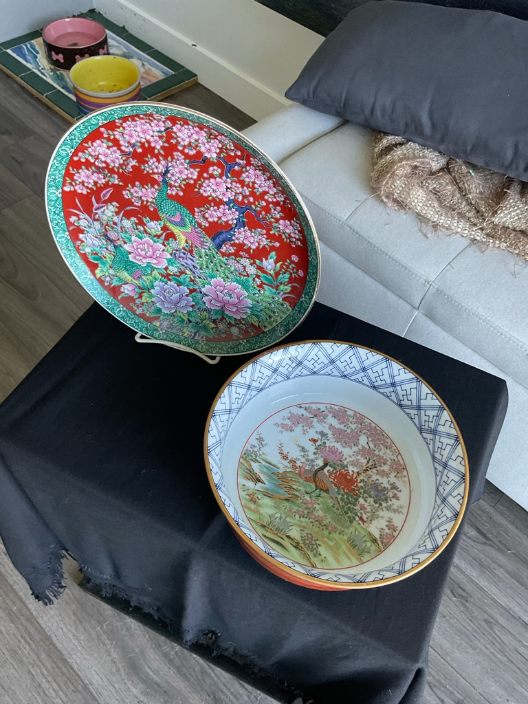 Porcelain bowl and plate