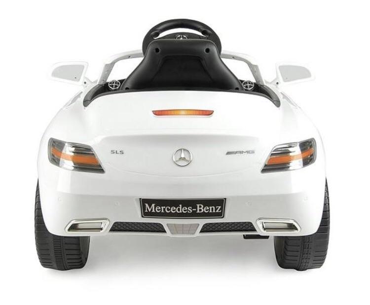 Sls Mercedes Benz electric car