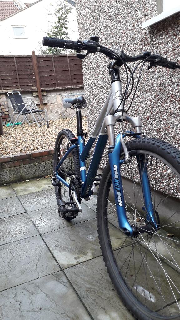 Mountain Bike + Free Padlock - Perfect Condition