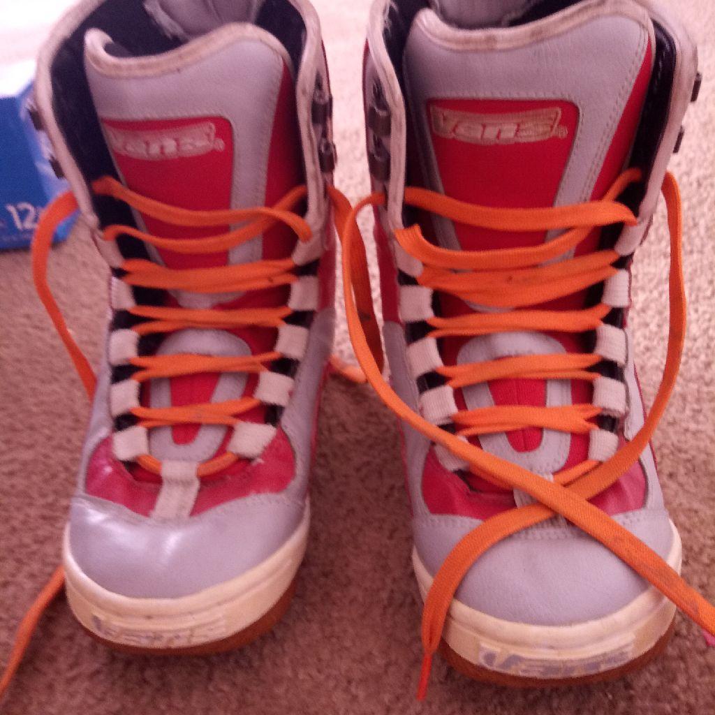 Vans snow boots