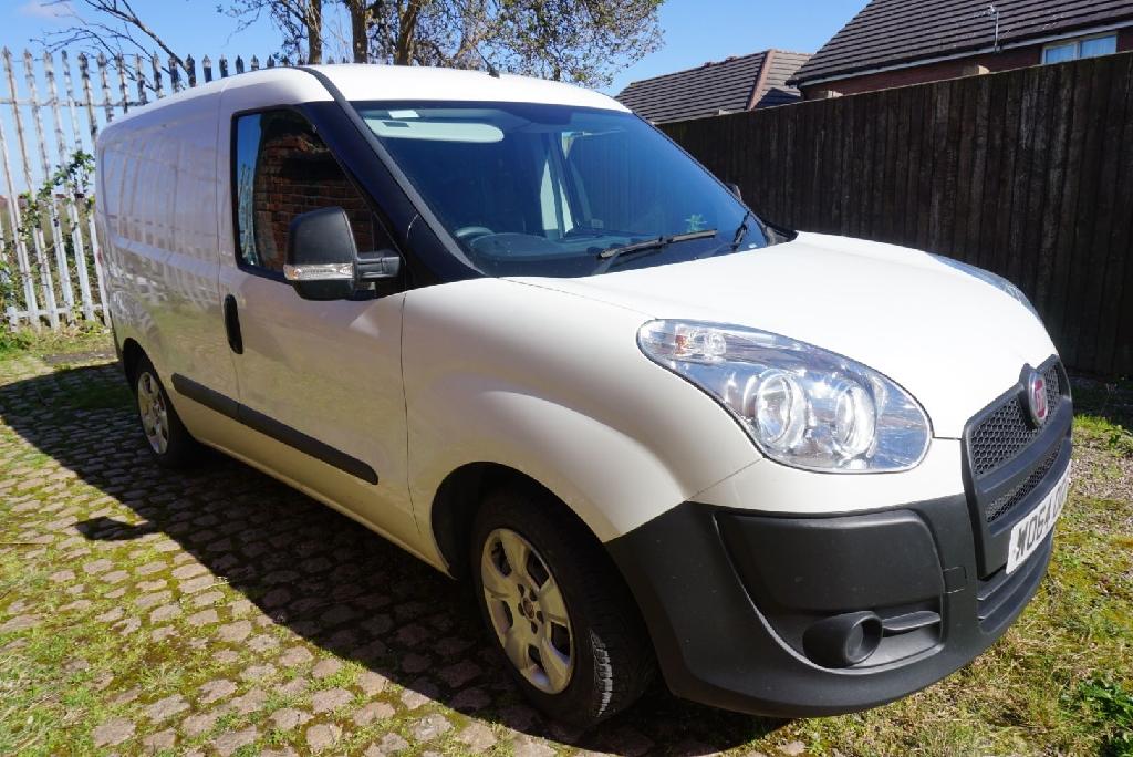 Fiat Doblo White van  1.3 multijet 2015