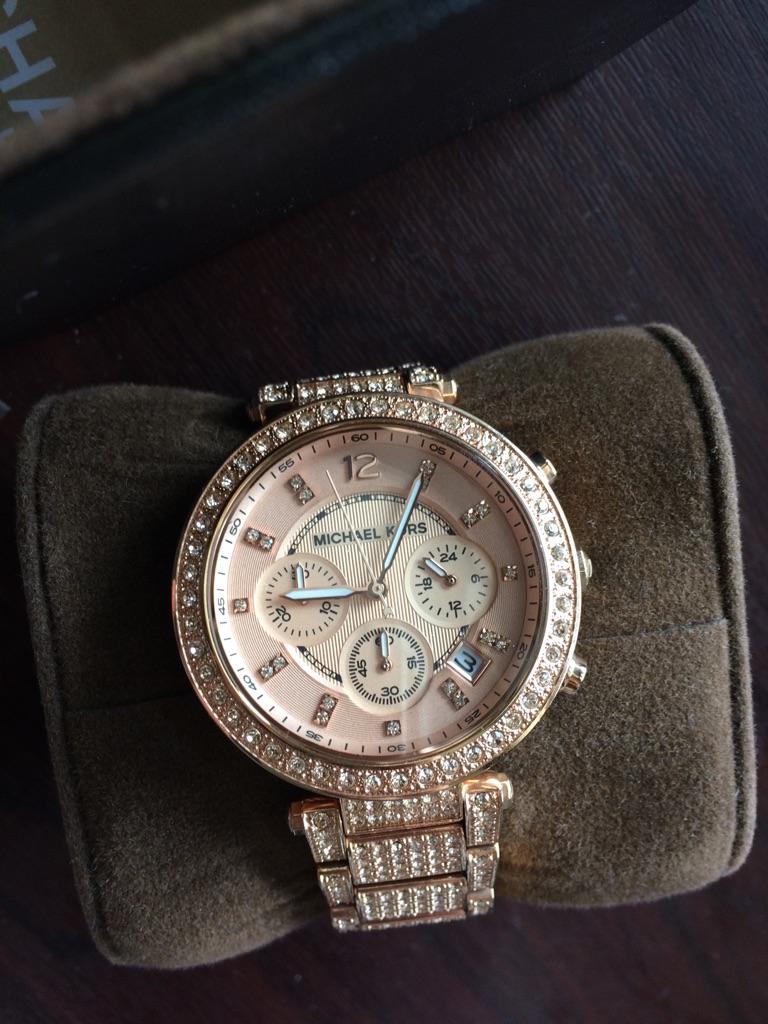 Michael Kors watch + box