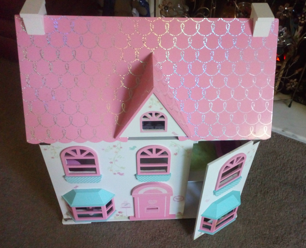 Quality Wooden Doll's House
