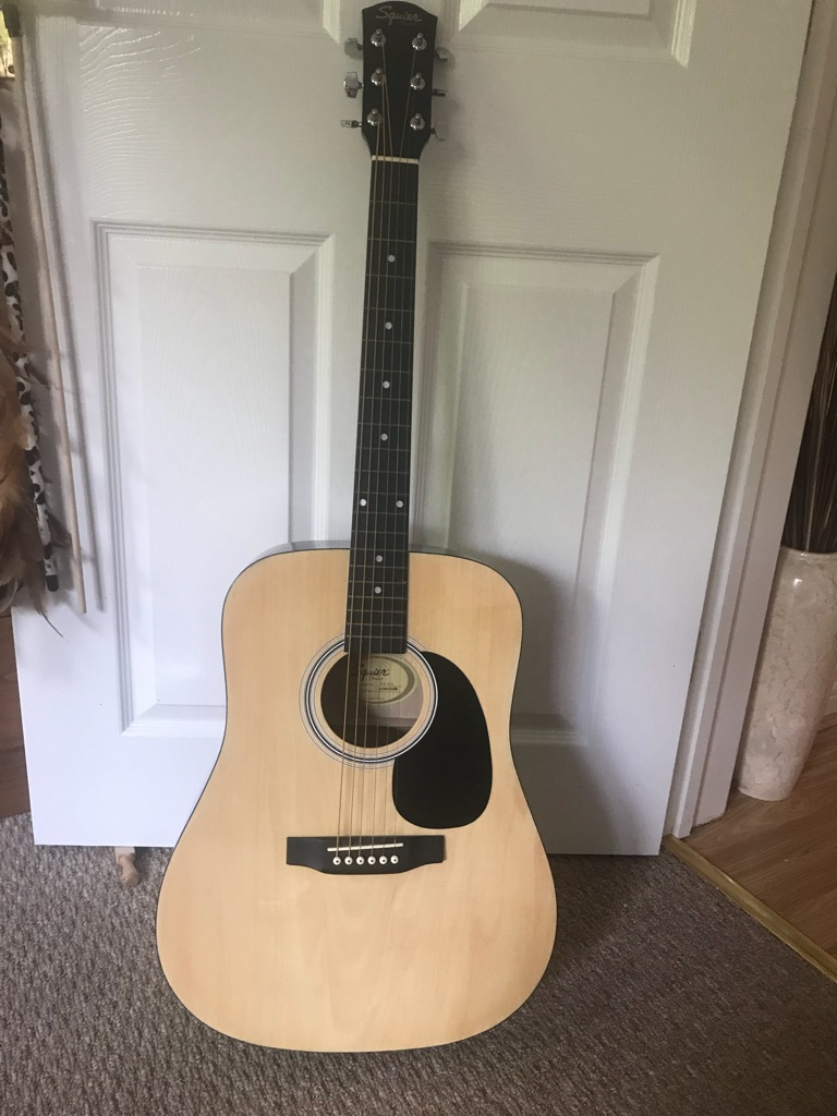 Squier SA-105 Acoustic Guitar