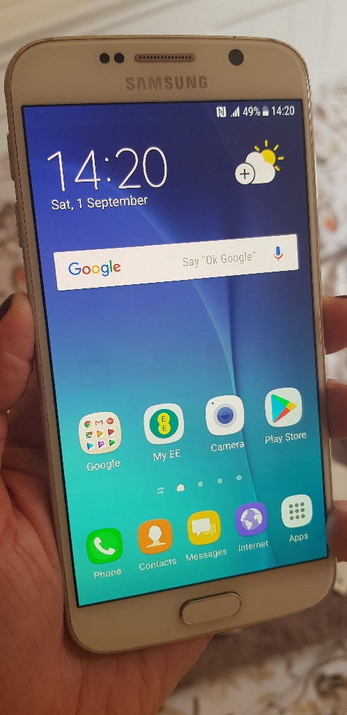 Samsung Galaxy S6 32GB in pearl white