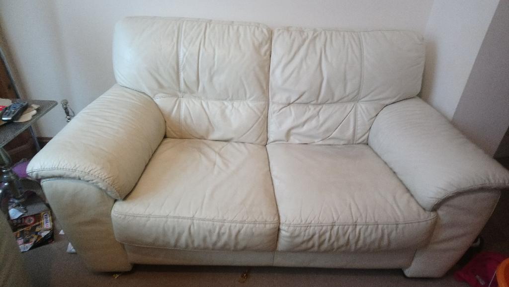 3 & 2 seater white leather sofa settee