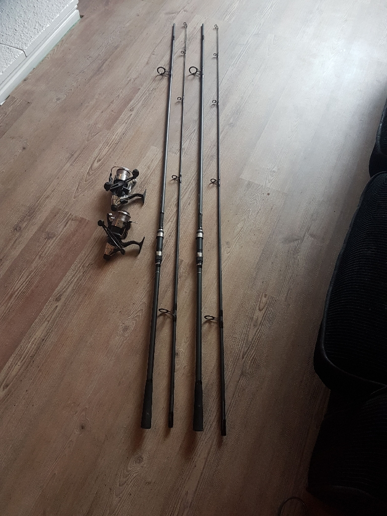 2 carp rods and bait runners