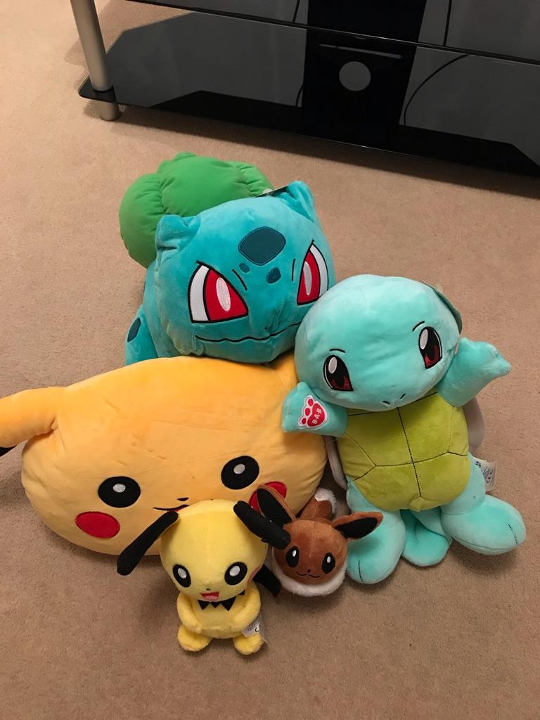 Mix of Pokemon Plushies