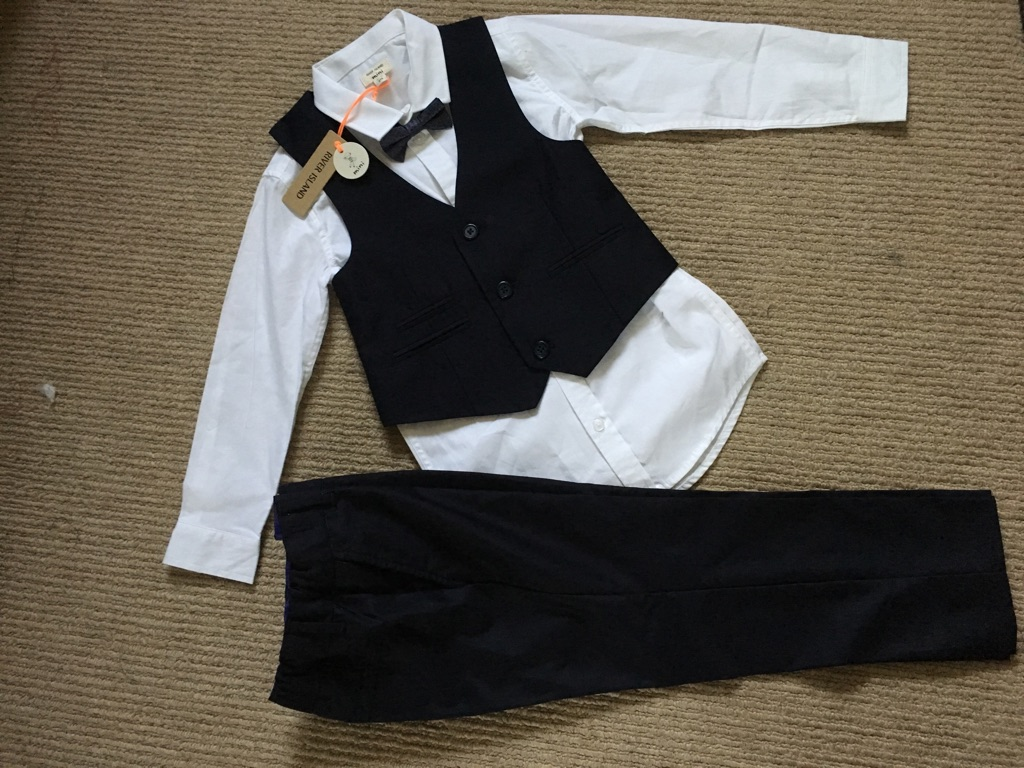 River Ireland 4 piece suite age 3-4 years
