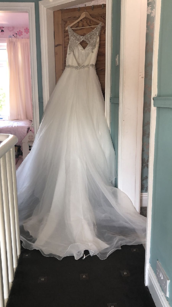 Ivory princess wedding dress
