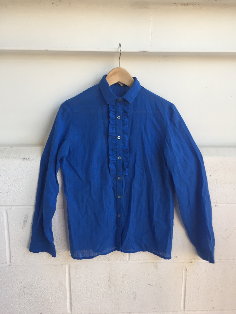 Women blue shirt long sleeves size 10